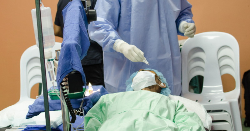 performing cataract surgery in the Philippines